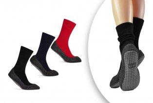 Chaussettes-pantoufles bien chaudes