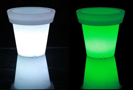 Bloempot Met Licht : Verlichte led bloempot outspot