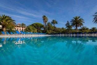 Séjour en all inclusive dans le Golfe de Saint-Tropez avec piscine extérieure