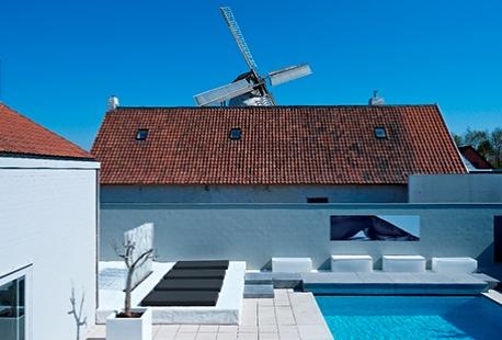 D hotel be 1 bis 4 n in kortrijk outspot for Design hotel belgien