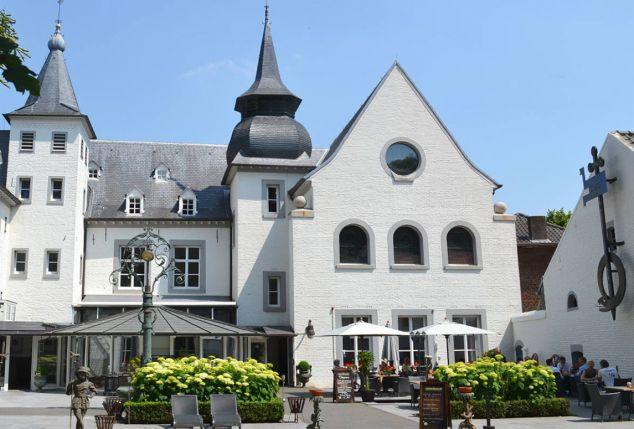 Romantisch kasteelverblijf nabij Maastricht (NL) - Kasteel Doenrade