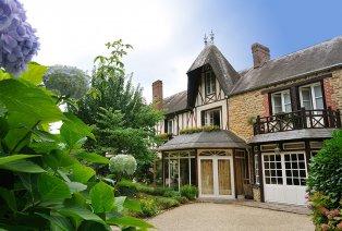 Viersterrenhotel met bekroond Michelin-restaurant in Normandië