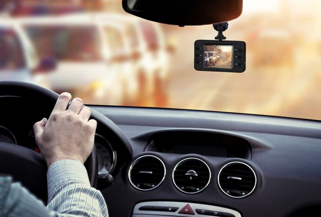 compacte-verkeersrecorder-voor-video-opnames-in-de-auto-inclusief-verzending