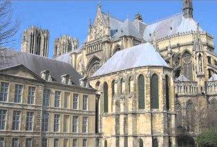Champagne drinken in Reims