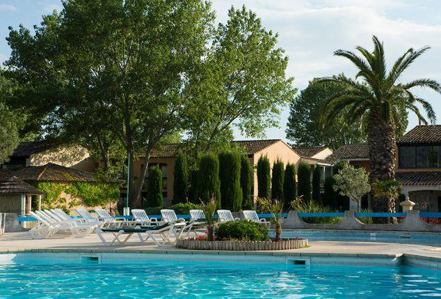 sjour en all inclusive arles sud de la france avec piscine extrieure soleil vacances rsidence club de camargue