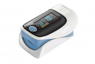 Oxymètre mesurant le pouls et le taux d´oxygène