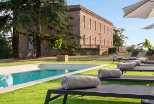Luxeverblijf bij een château met wijngaard in Zuid-Frankrijk
