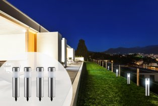 4 solar powered garden lamps