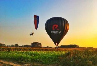 Vol en montgolfière avec amuse-bouche et champagne